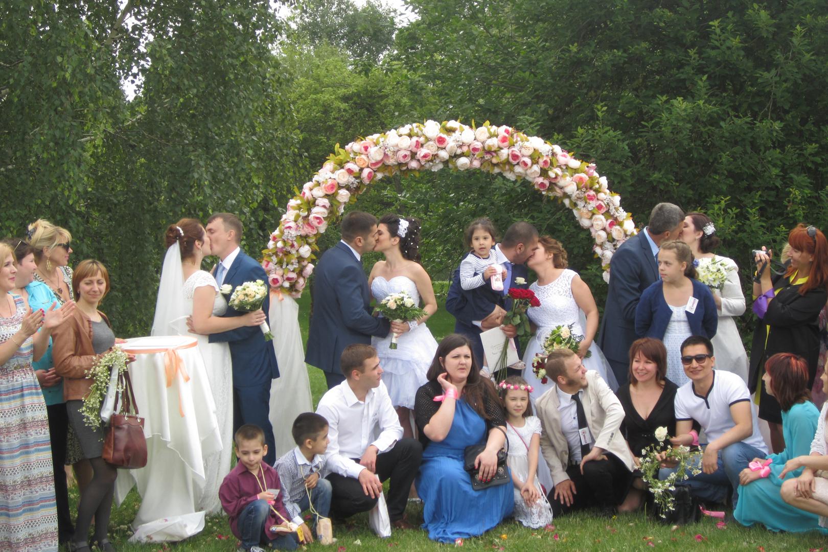 Фото девушек со свадьбы с дружкой 28 фотография
