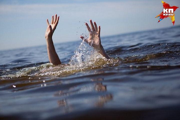 ИзГребного канала достали погибшего отвинта судна мужчину