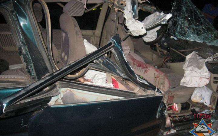 Фургон и Ситроэн столкнулись под Осиповичами: пострадали 3 человека