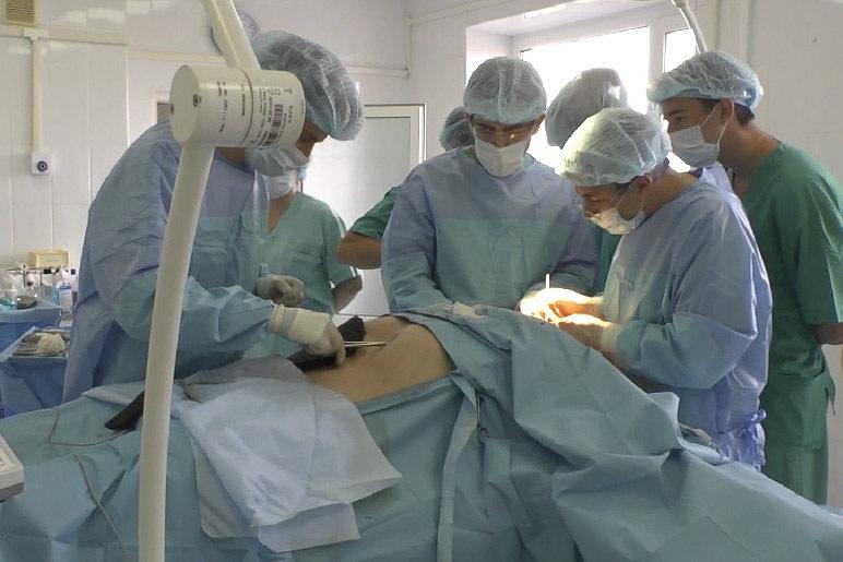 Краснодарские медперсонал впервый раз вмире закрыли рубцы налице одним участком кожи