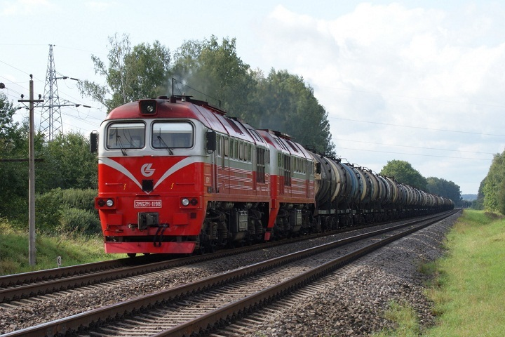ВЯру поезд насмерть сбил перебегавшего пути 10-летнего ребенка