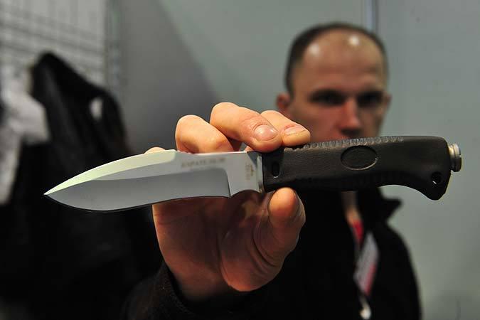 ВКраснодарском крае нетрезвый 48-летний мужчина порезал ножом своего товарища
