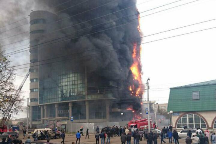 Пожар ввысотке вУфе, из-за которого умер один человек, ликвидирован— МЧС