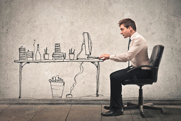Регулярно изучайте вакансии от прямых работодателей, публикуемые в интернете и газетах.