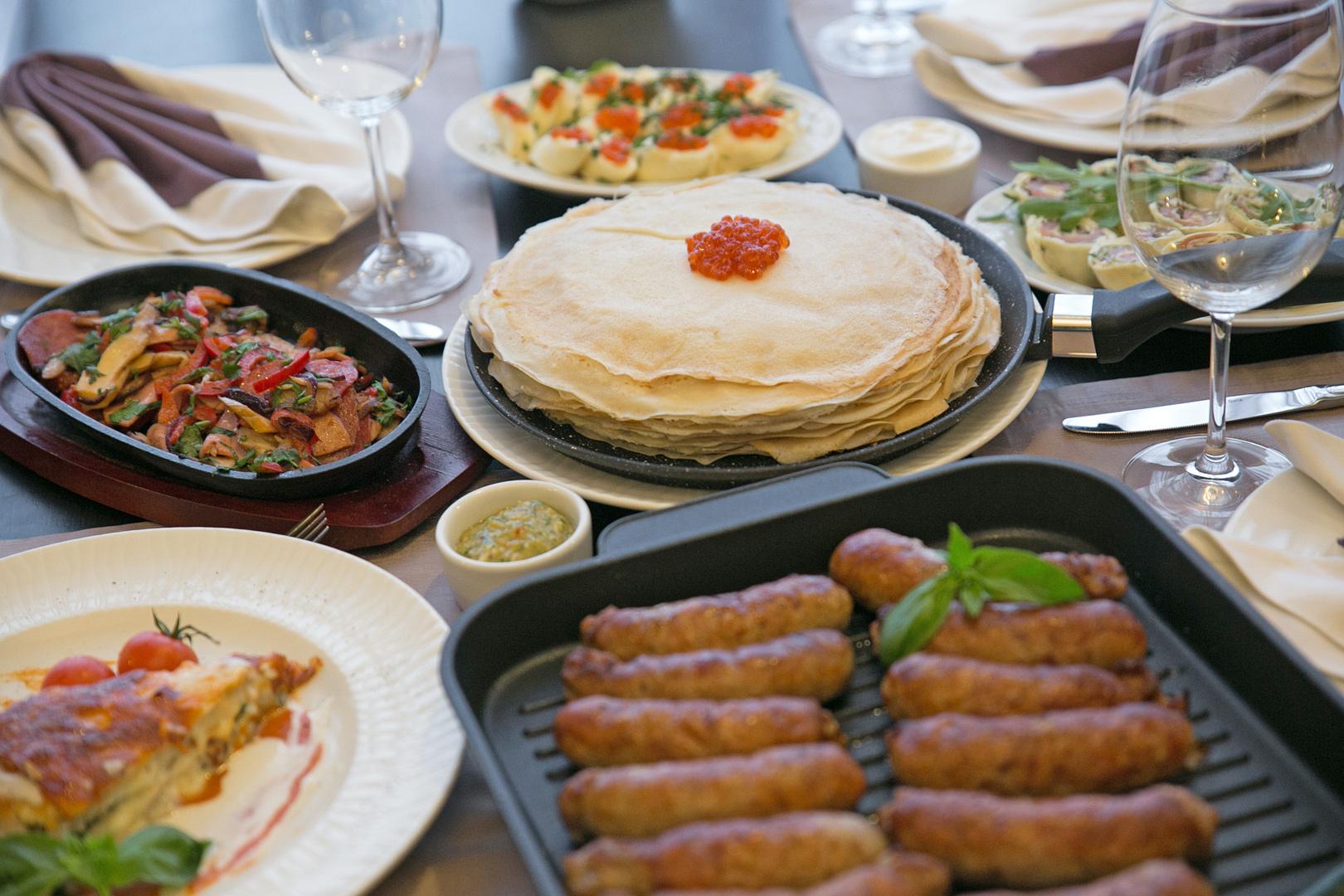 Антипригарные покрытия на водной основе от итальянской компании Whitford в сковородах «Виктория» не дают пригореть блюду без масла и жира.