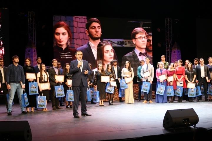 Глава республики поздравил ингушских студентов с днем первокурсника