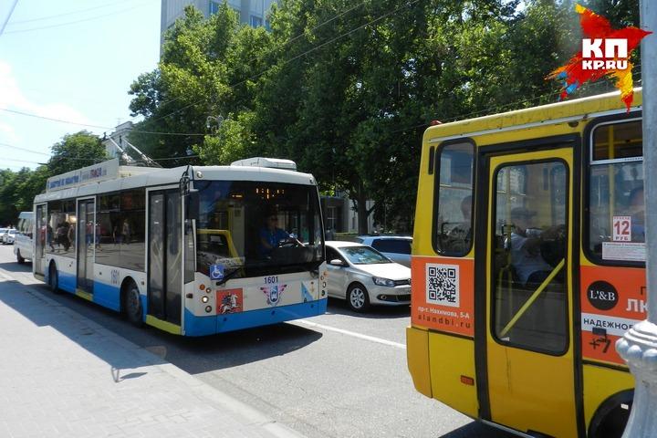 ВСевастополе ищут 100 водителей для новых троллейбусов иавтобусов
