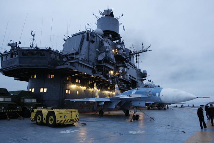 «Адмирал Кузнецов» и семь дополнительных судов будут проходить мимо Великобритании по пути в САР.