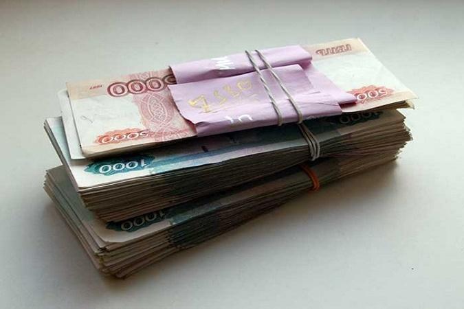 Гражданин Казани расплатился за мобильные телефоны фальшивыми купюрами