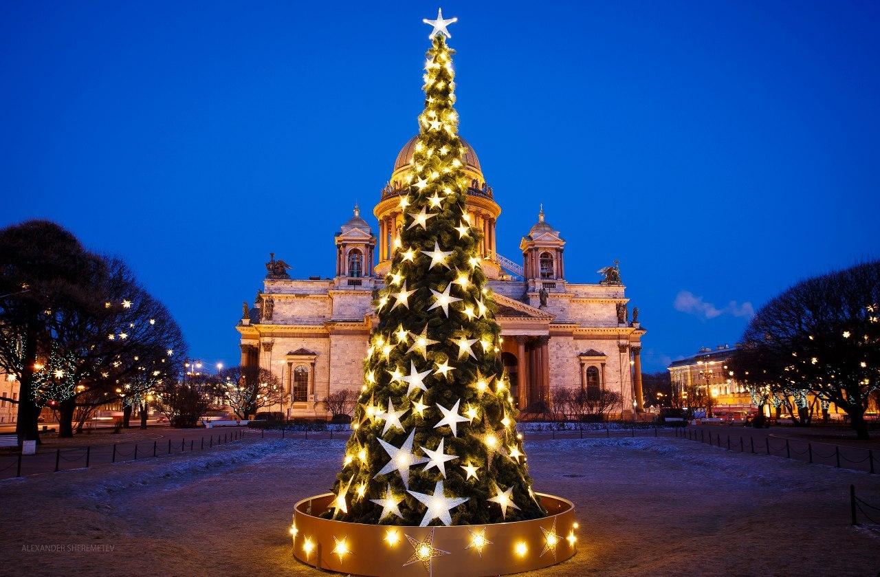 Новогоднее волшебство совсем близко. Фото: Александр Шереметев.
