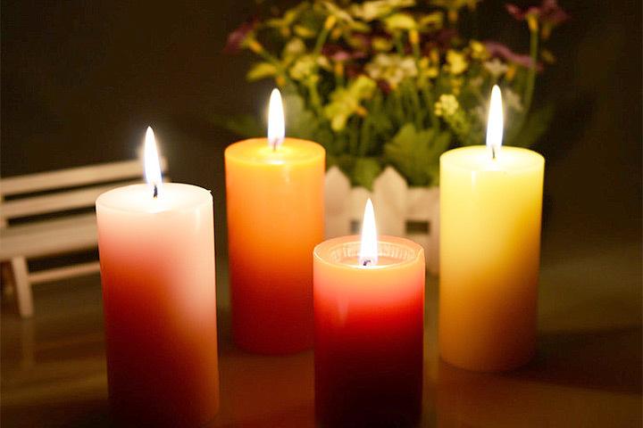 Датчане без ума от свечей и зажигают их, где только можно. Фото: с сайта aliexpress.com