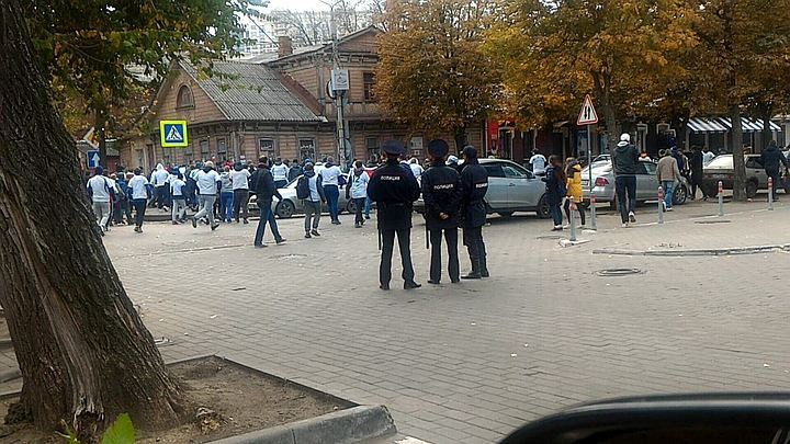 МВД иСК проверят причастность полицейского кстрельбе перед футбольным матчем