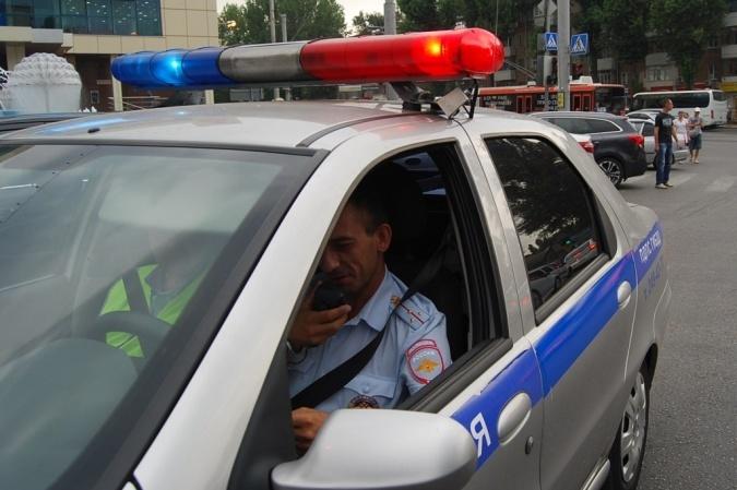 ВРостовской области девочка угодила под колеса «ВАЗа», выбежав надорогу