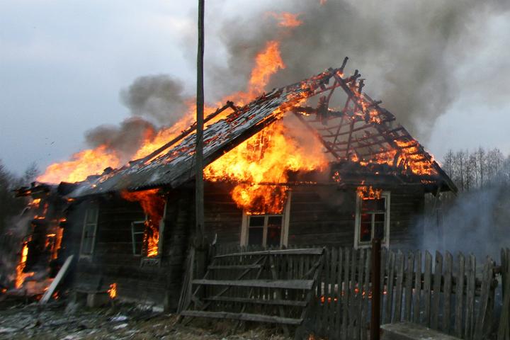 ВРостовской области запрошедшие сутки напожарах погибли две женщины