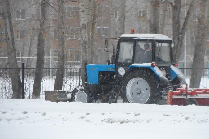 Вцелях экономии средств, снег вТюмени будут вывозить поновым правилам