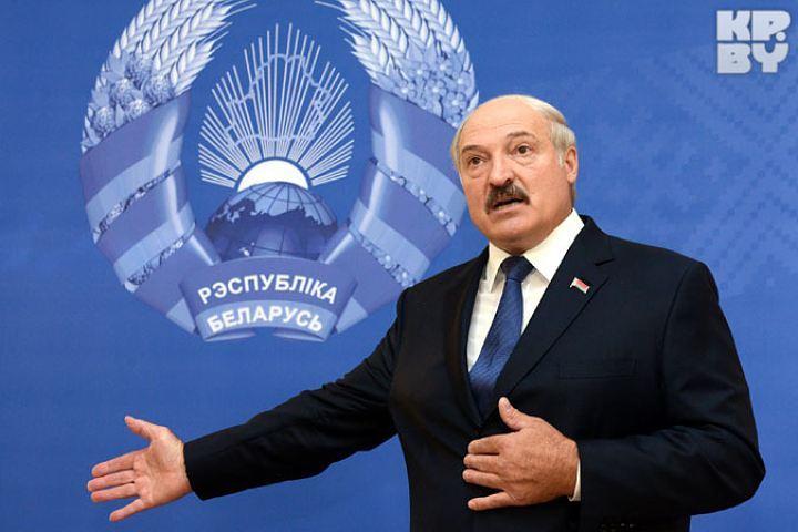 Президент Беларуси дает пресс-конференцию российским журналистам