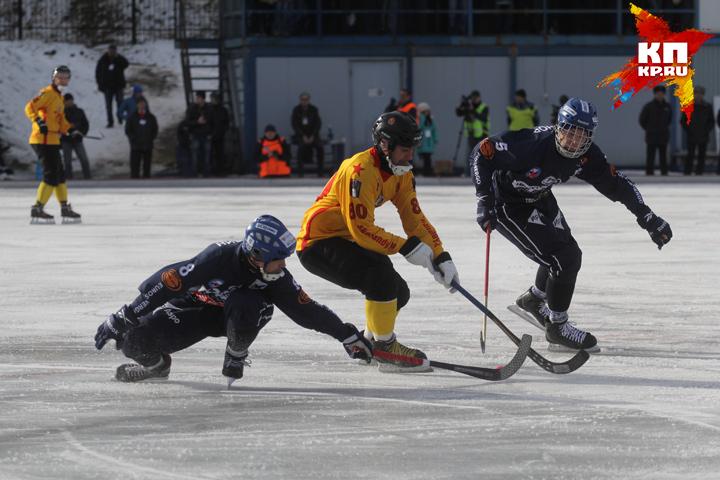 В прошлом сезоне бело-синие лишили армейцев финала чемпионата России и и оставили без Кубка России.