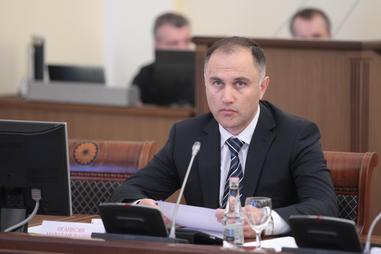 Прошлый вице-губернатор Петербурга Оганесян арестован надва месяца