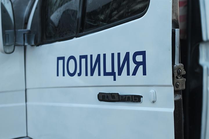 Рабочий автосервиса вХабаровске угнал машину клиента иразбил ее