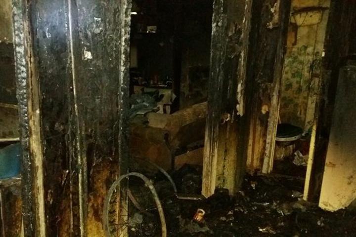Мужчина поджег квартиру односельчан, которые спаивали его жену. Фото: Следственный комитет.
