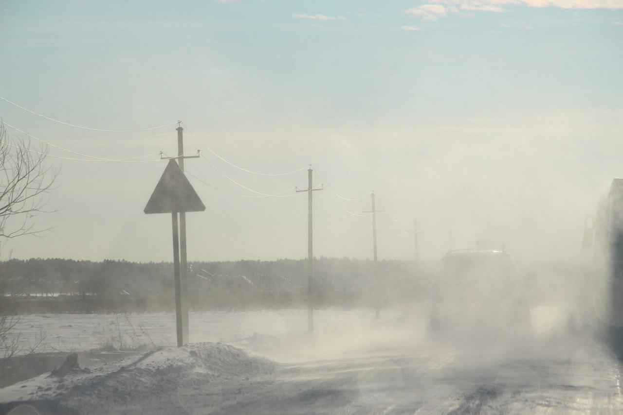 Три трагедии, один труп. Натрассе Тюмень— Ханты-Мансийск машины бьются вснегопад