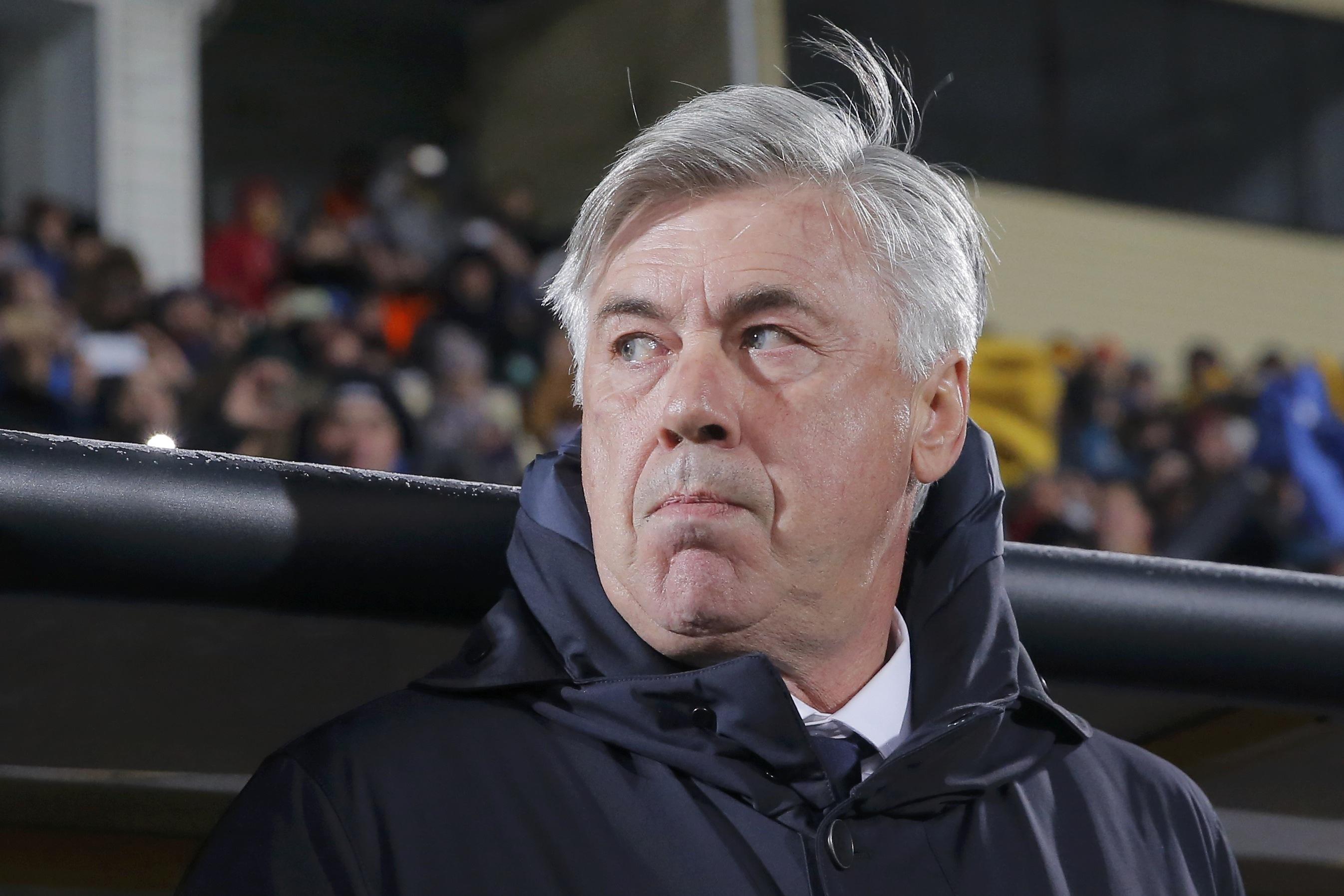 Наставник немецкого клуба на пресс-конференции подвел итог неудачного поединка Лиги Чемпионов