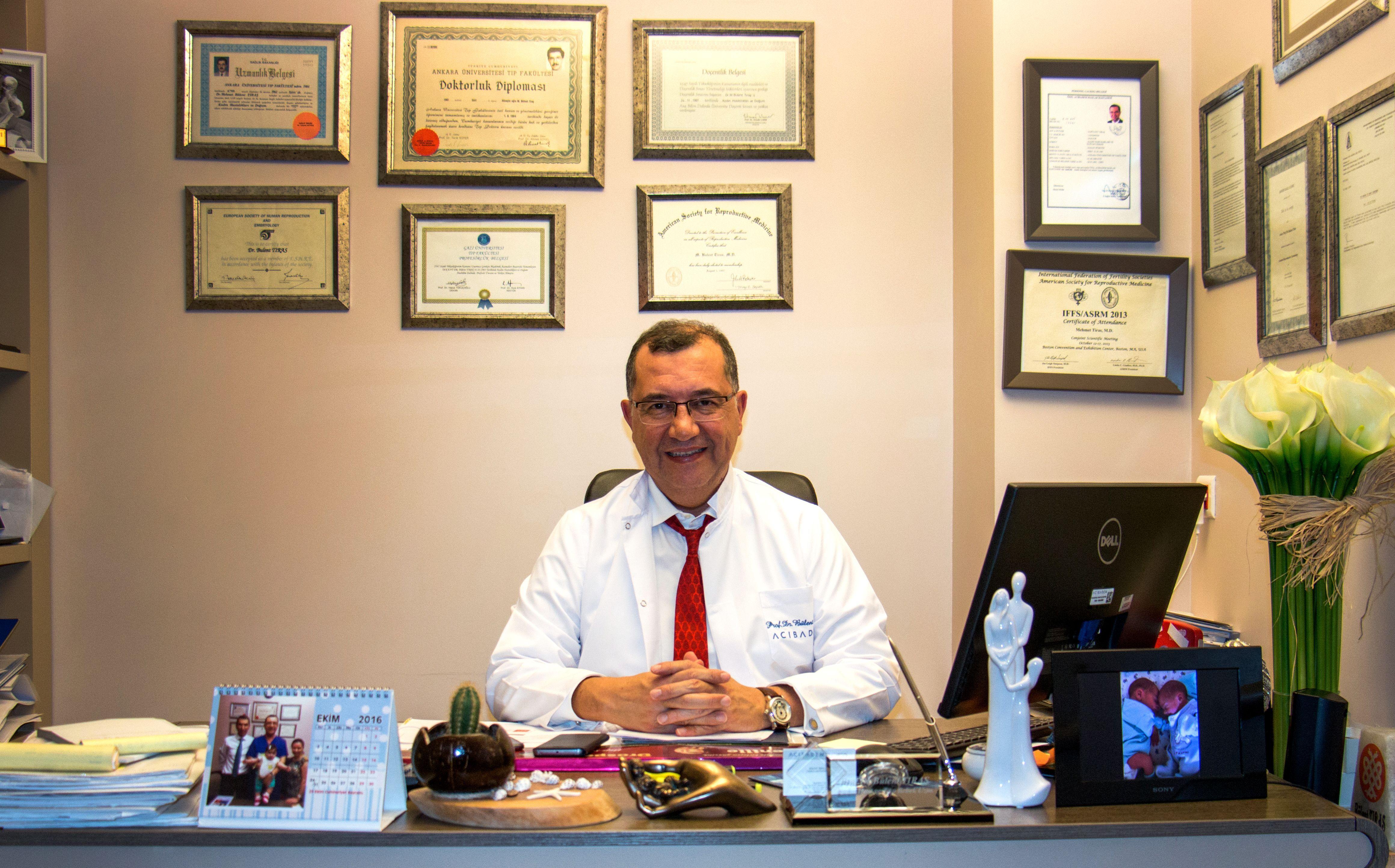 Профессор Бюлент Тыраш, Директор центра ЭКО клиники Аджибадем Маслак. Фото: Предоставлено Центром искусственного оплодотворения Аджибадем Маслак