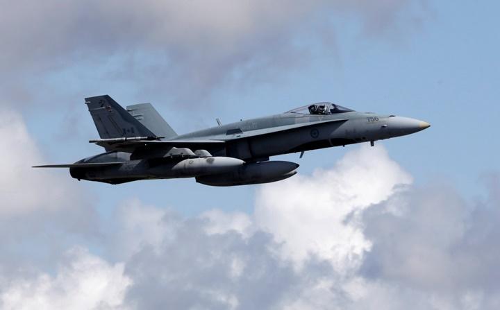 Истребитель ВВС Канады разбился назападе страны, пилот умер