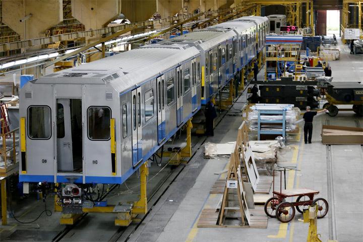 Литовские железные дороги приобрели локомотивы у российского предприятия Трансмашхолдинг. Фото: с сайта novostimira.net