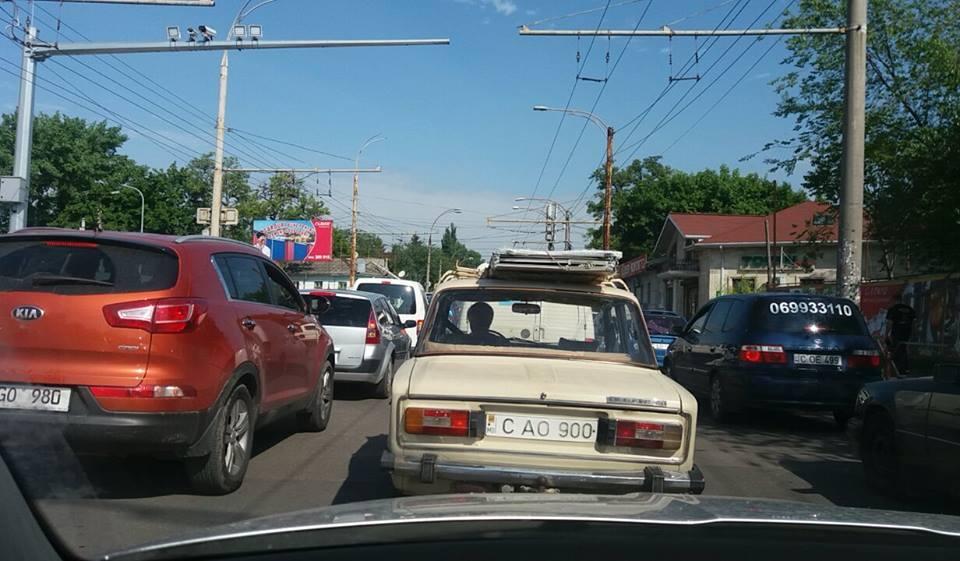 В Кишиневе снова пробки.