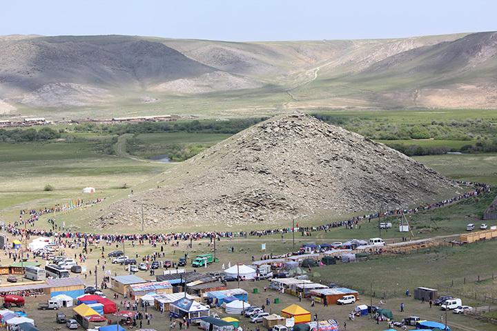 Гора Ехэ Ерд в Ольхонском районе Иркутской области.