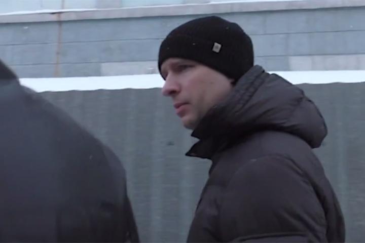 Директора МФЦ Ананьева задержали задва телефона