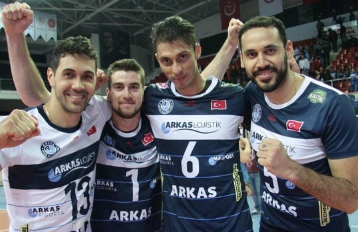 «Зенит» сыграет стурецким «Аркасом» врамках волейбольной Лиги чемпионов