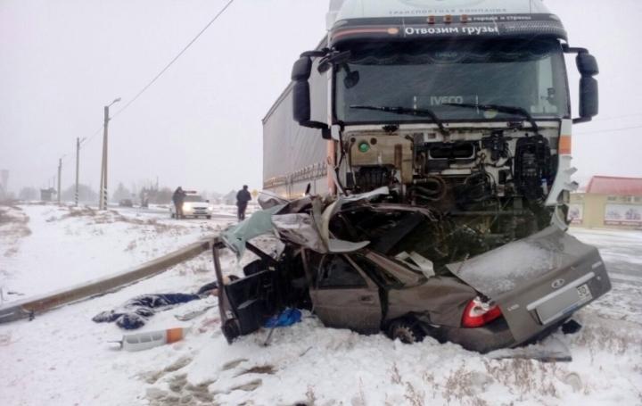 В итоге лобового ДТП натрассе Волгоград— Астрахань погибли два ахтубинца