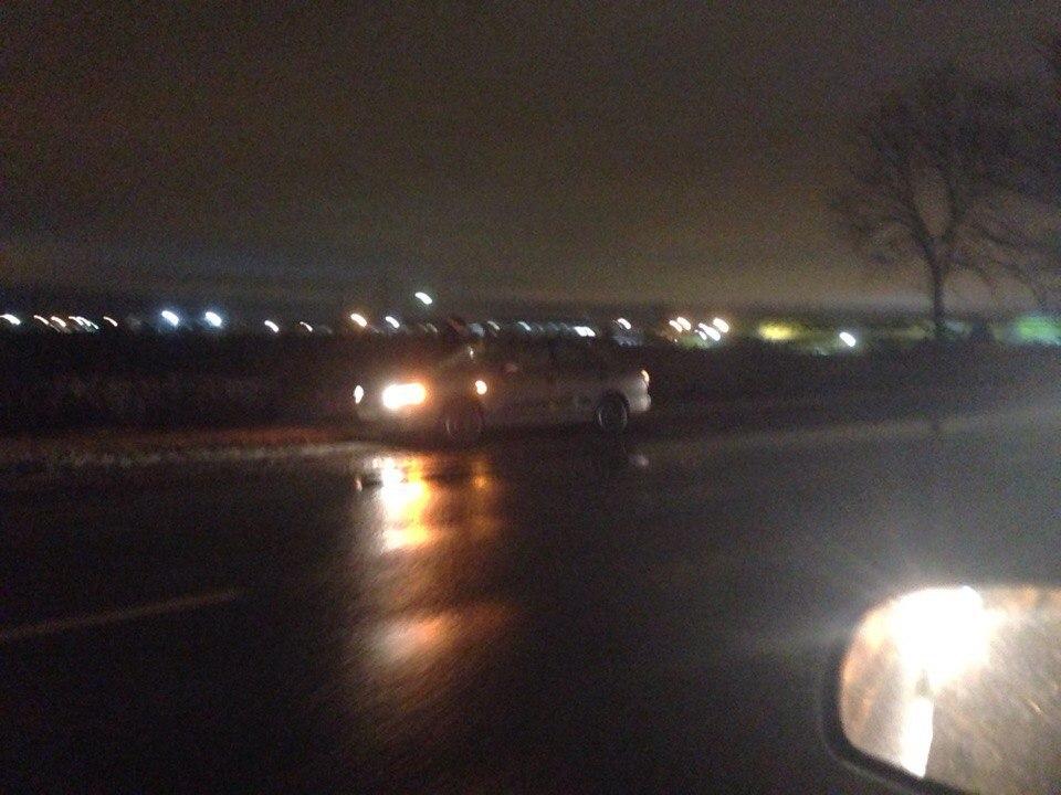 ВПетербурге под колесами иномарки умер тринадцатилетний парень