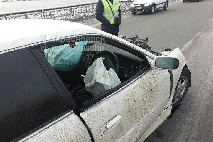 ВКрасноярске втройном ДТП пострадали три человека