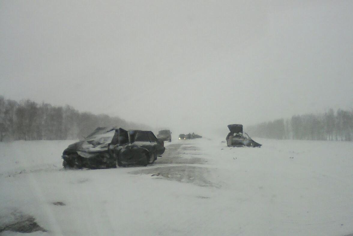 ВБашкирии влобовом столкновении погибли два водителя