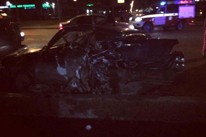 ВНевском районе Петербурга случилось ужасное ДТП: шофёр попал вреанимацию Санкт-Петербург