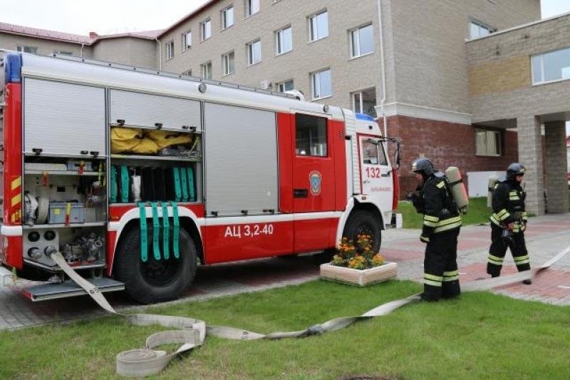 ВЮгре впроцессе пожара погибли женщина идвое детей
