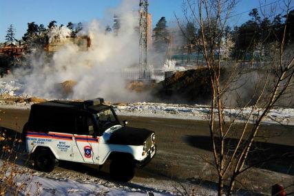 Порыв на теплотрассе произошел в Улан-Удэ. Фото: ГУ МЧС России по Бурятии.