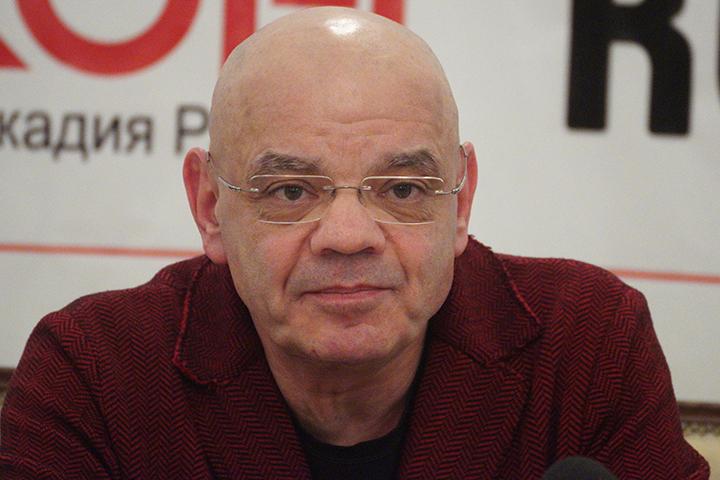 Константин Райкин обновляется после операции