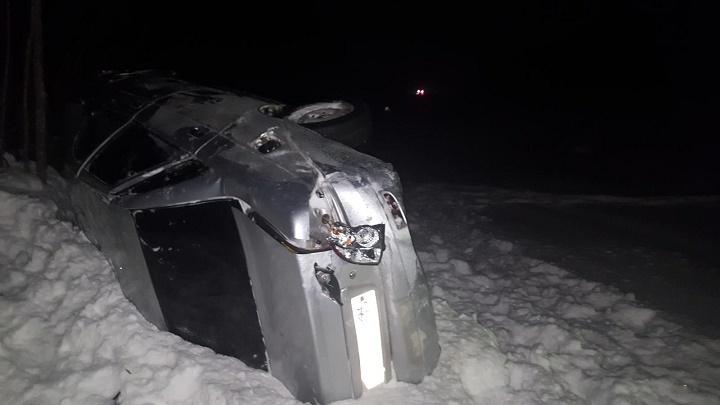 Под Вологдой вДТП умер 22-летний шофёр, доэтого лишенный прав