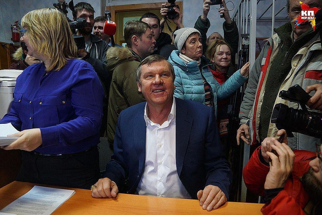 Шансонье Новиков отыскал инвестора, чтобы расплатиться собманутыми пайщиками