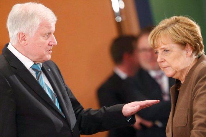 Премьер Баварии выступил заснятие санкций против РФ в2015 году