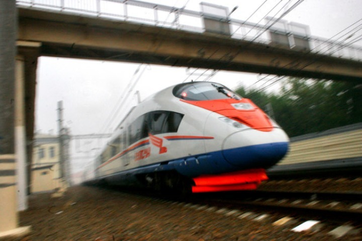 Казань: КНР разработает высокоскоростные поезда для автодороги Москва