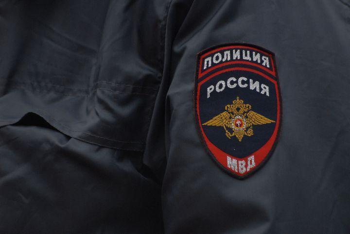 ВНовомосковске мужчина пытался задушить супругу знакомого