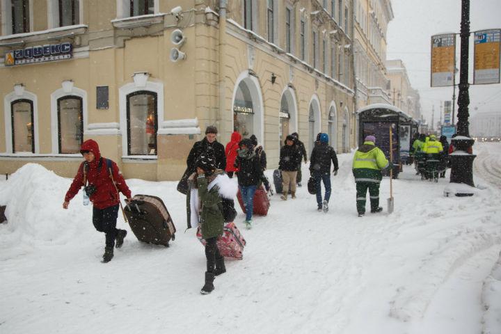 Гражданин Петербурга отсудил удорожников 300 тыс. руб. затравму вгололед