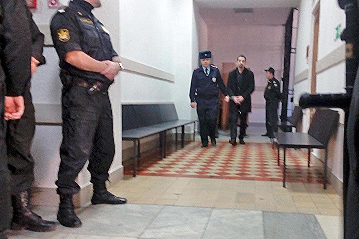Обвинитель просит пожизненные сроки для 2-х обвиняемых поделу семьи Гошта