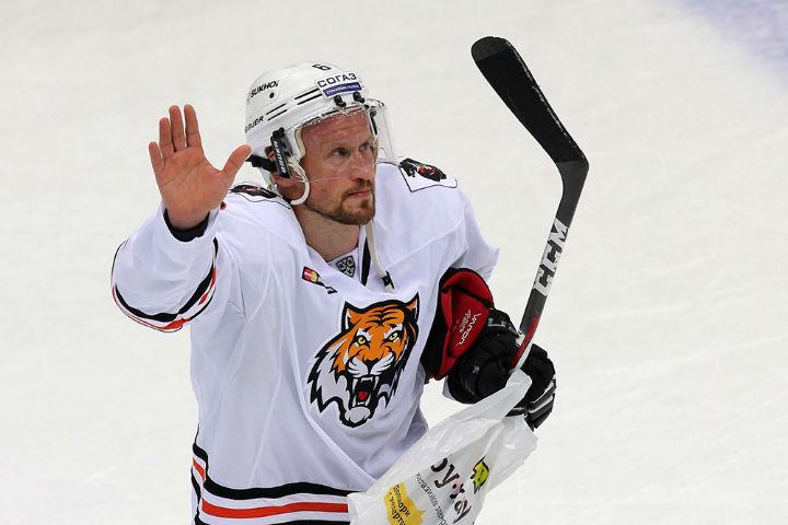 «Локомотив» насвоем льду проиграл «Амуру» врезультативном матче