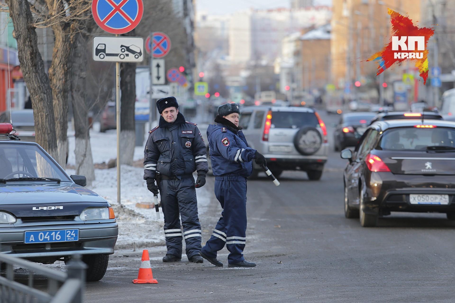 Под Красноярском зарулем автомобиля словили пьяную 17-летнюю студентку